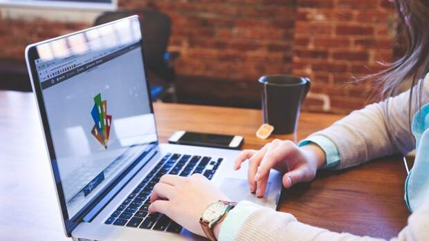 Преподаватель РУДН Асмятуллин назвал способы выбрать лучший онлайн-курс