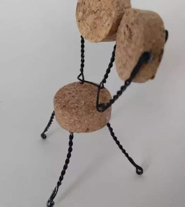кукольная мебель своими руками  из винных пробок