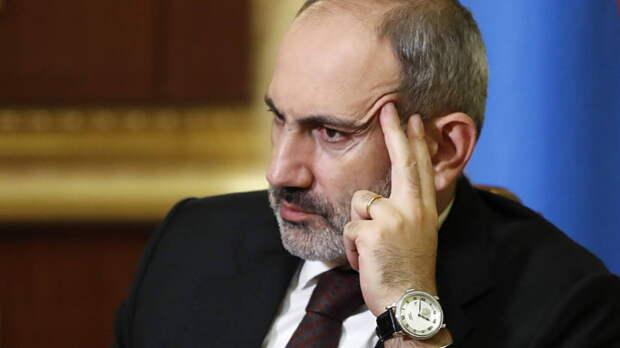 Пашиняну не дали возложить цветы на могилу погибшего армянского солдата: видео