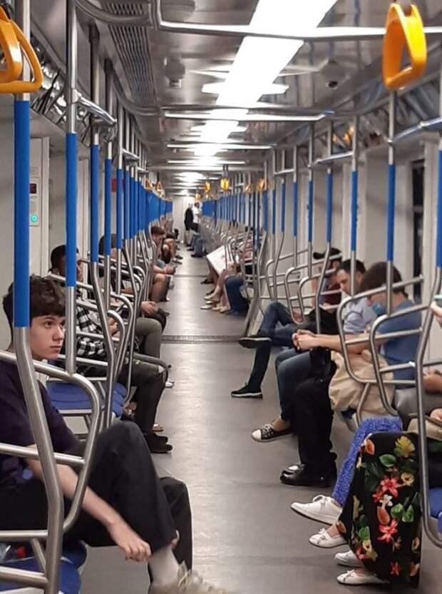 Пользователи районной группы «Петровский парк» выяснили, когда на «зеленой» ветке метро запустят новые составы