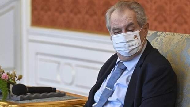 В Чехии президента Земана отправляют в отставку по здоровью