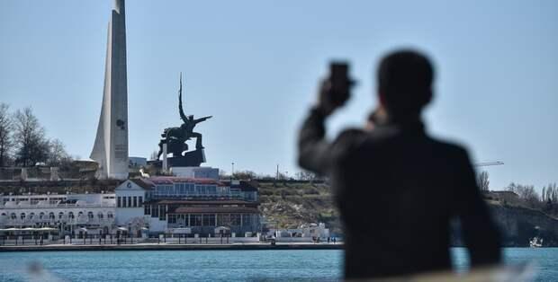 Соратник Зеленского призвал украинские власти не вредить Крыму