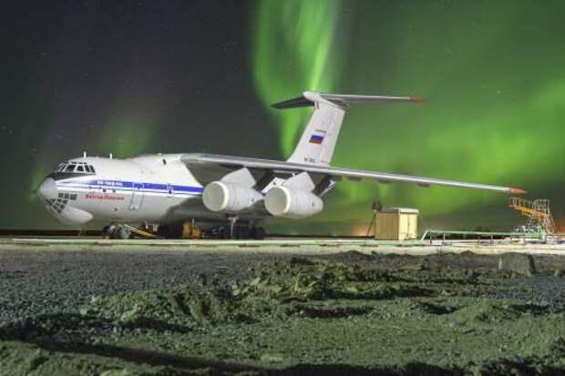 Полвека в строю. История Ил-76