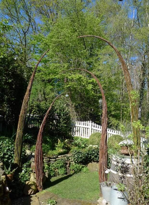 Садовый арт. Дерево