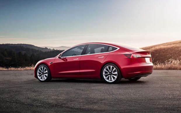 Tesla бьется над созданием бюджетного автомобиля