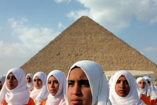 Правила курортного романа в Египте: 10 заповедей, которые должна знать каждая девушка
