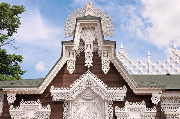 Декор деревянного дома в русских традициях