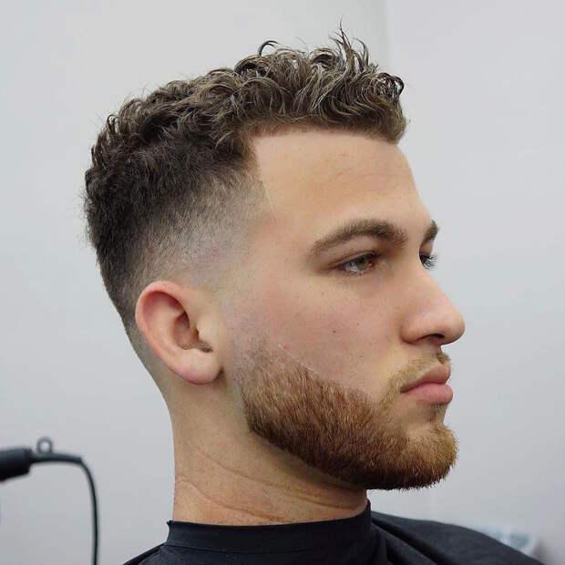 Мужская стрижка на кудрявые волосы: модные прически, советы по подбору, фото