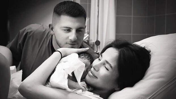 Алекса родила от фитнес-тренера, который ради нее бросил беременную