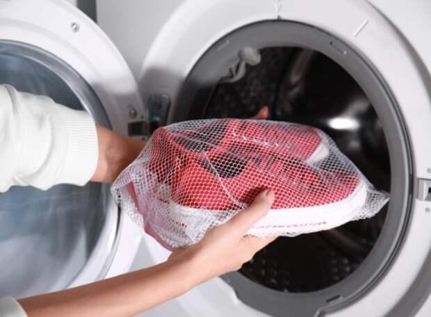 Ошибки, которые нельзя совершать при стирке обуви в стиральной машине
