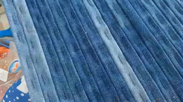 Используем джинсы не по назначению: стильный аксессуар, отличный результат