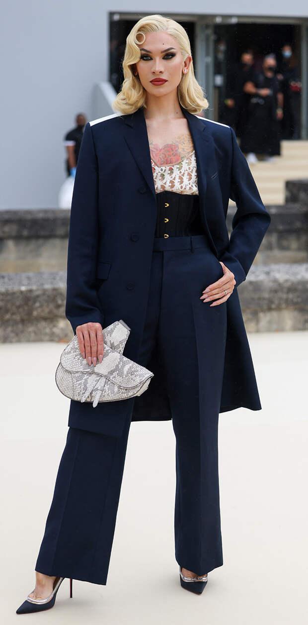 Miss Fame перед показом Dior Homme весна-лето 2022