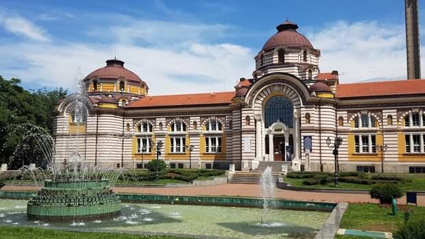 Болгария возобновляет оформление виз для россиян