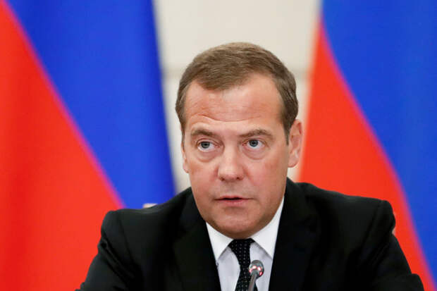 Медведев назвал блокировку Трампа в соцсетях цифровым тоталитаризмом