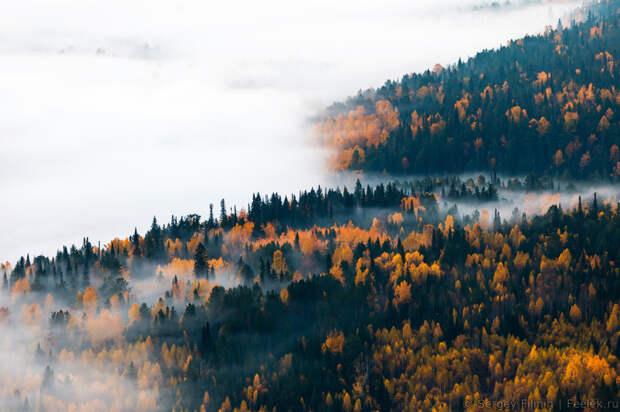 Осенний рассвет на Усть-Манских скалах