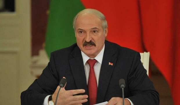 Оппозиционер Латушко заявил об отсутствии поддержки у Лукашенко: Система внутри уже сгнила