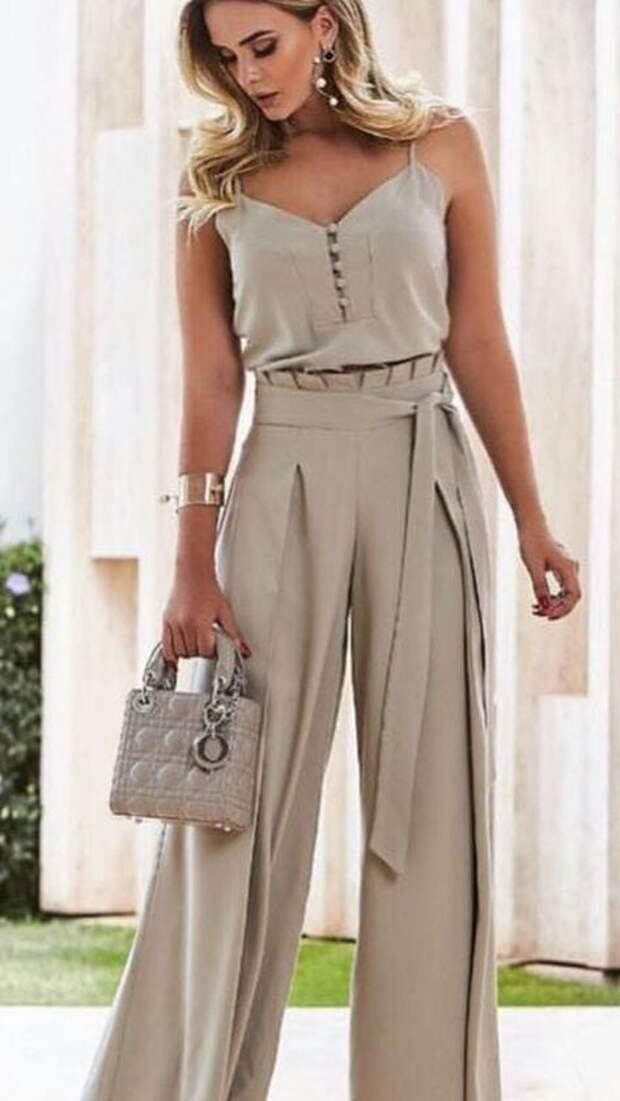 Летний комбинезон — стильная возможность подчеркнуть элегантность и женственность