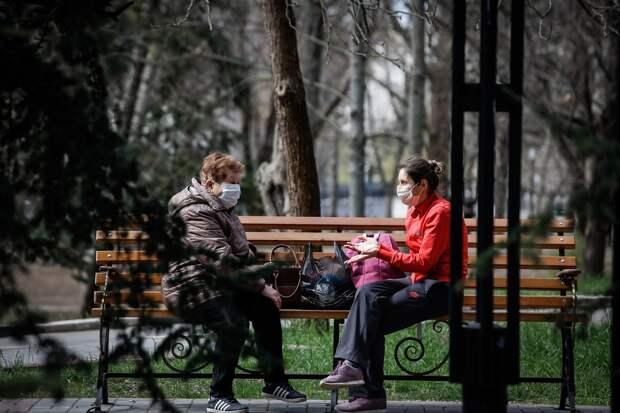 В Крыму COVID-19 стали чаще болеть пожилые люди