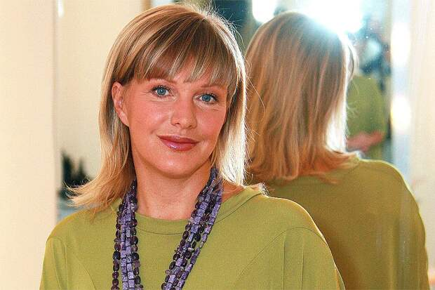 """""""Женщина без кожи"""": режиссер Алла Сурикова отметила талант Елены Прокловой уводить чужих мужей."""