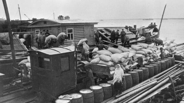 Спасти Ленинград. Подлинная история «ладожского «Титаника»