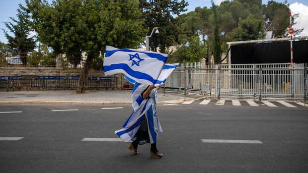 В Израиле отменили ношение масок на улице