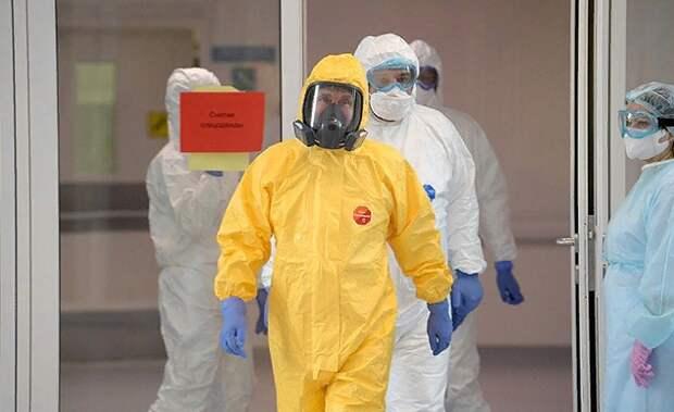 Вопреки наветам клеветников Путин руководит борьбой с коронавирусом из Москвы