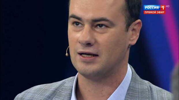 Российские ведущие жестко унизили украинского политолога