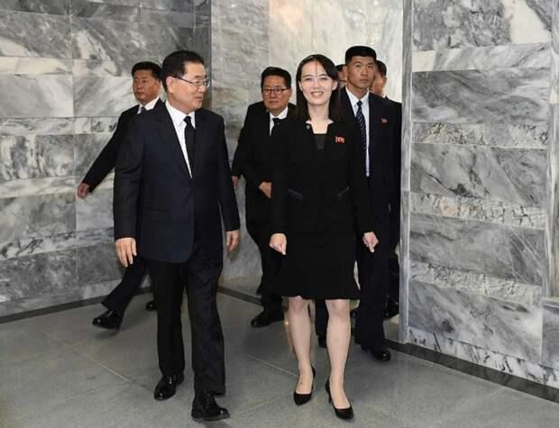 Ким Ё Чжон беседует с директором по национальной безопасности президента Южной Кореи. / Фото: www.upi.com