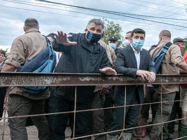 Аваков предложилготовить военный сценарий захвата Крыма