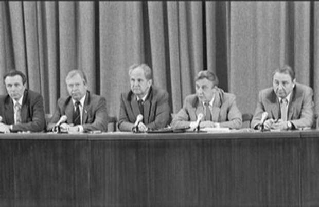 Прав ли Жириновский, когда говорит, что ГКЧП хотел провести демократические реформы в России