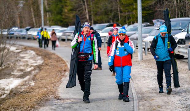 Большунов первым финишировал в 50 километровом марафоне в Ханты-Мансийске