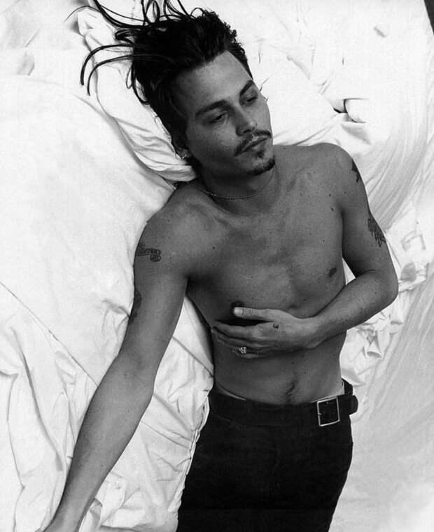 17 ностальгических фото молодого Джонни Деппа