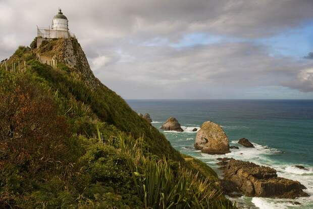 NewPix. ru - Маяк на мысе Наггет Поинт, Новая Зеландия
