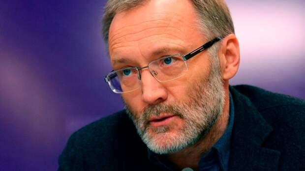 Сергей Михеев, политолог, журналист. Источник изображения: https://vk.com/denis_siniy