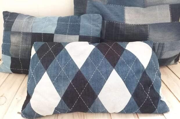 подушки из джинсов