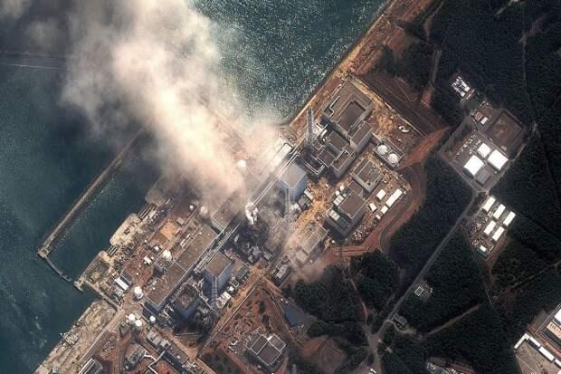 161209-fukushima-us-coast-embed