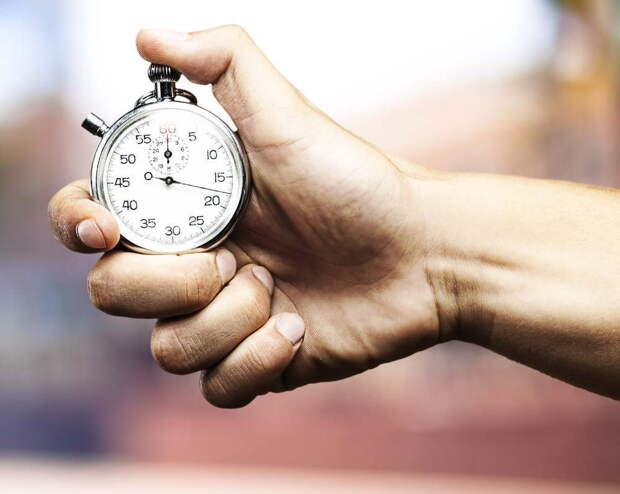 Время в разных странах измеряется по-разному. люди, путешествия