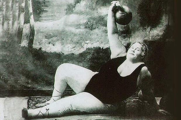 «Баба-геркулес»: кем была самая сильная русская женщина