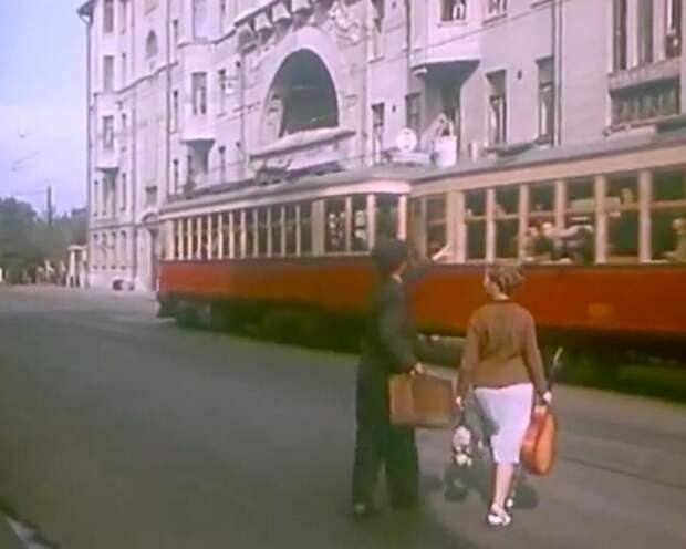 По местам съёмок фильма «Девушка без адреса»