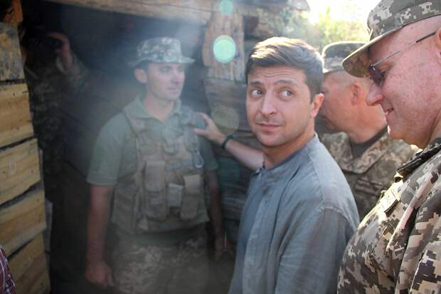 Зеленский планирует посетить Донбасс на этой неделе
