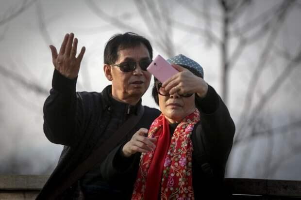 Уважение старших интересно, особенности жизни, сеул, страна, традиции, факты, южная корея