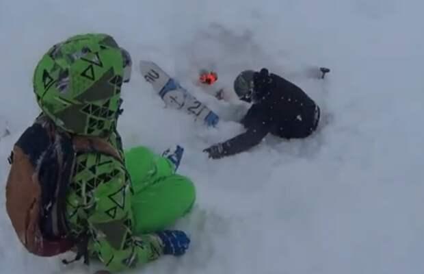 В Сочи на Красной Поляне ребенок спас сноубордиста