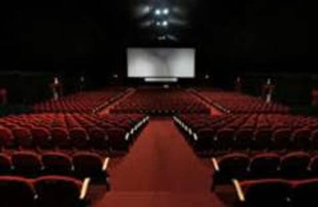 В России закрываются кинотеатры