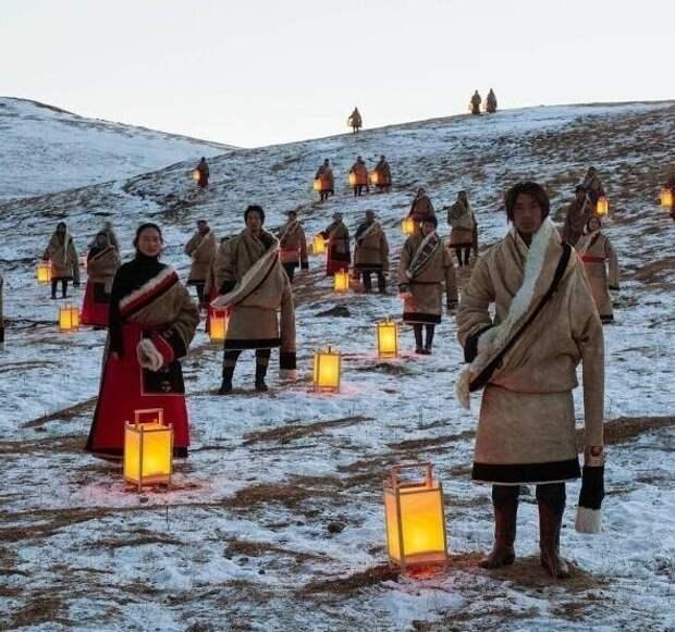 Коренные жители Тибета встречают гостей