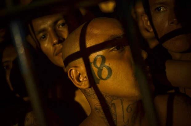prison03 Латиноамериканские тюрьмы: мужская и женская
