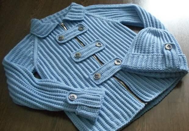 Курточка и шапочка