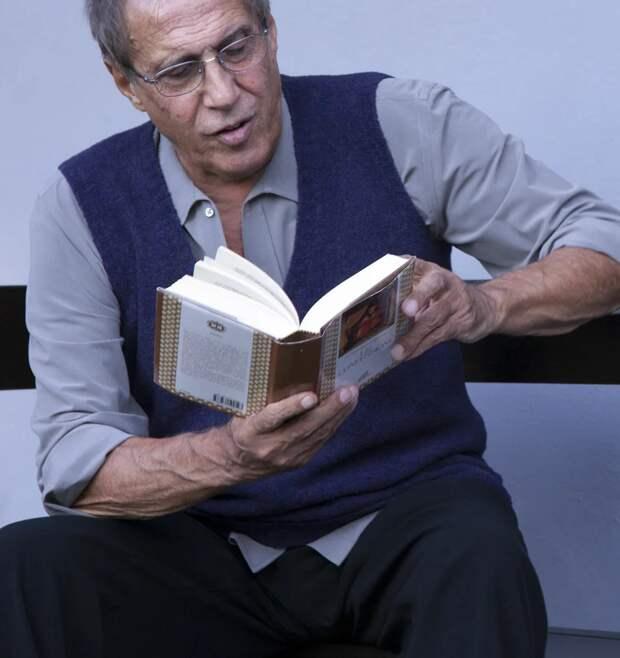 Неповторимый голос, яркая харизма: одна из лучших песен Адриано Челентано