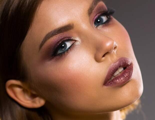 Смоки айс: уместность макияжа в вечернее и дневное время