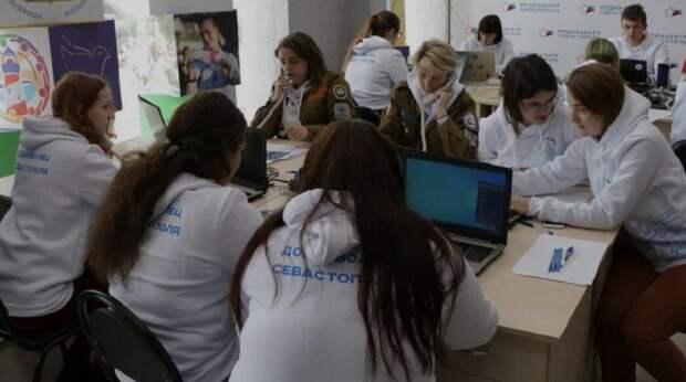 Штабу волонтеров, работающих в Севастополе со стариками, нужна помощь