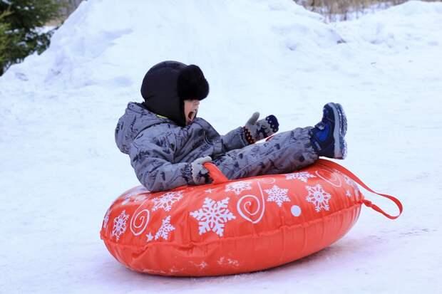 Зимние забавы: с начала сезона в Удмуртии травмировались более 20 детей